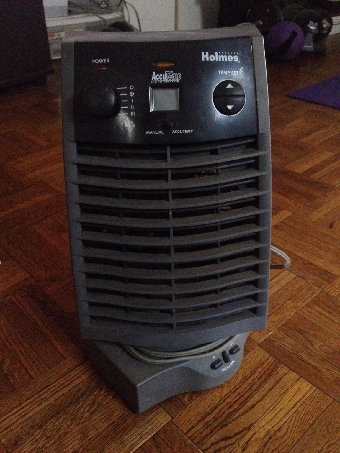 Holmes Accutemp Space Heater in 11214