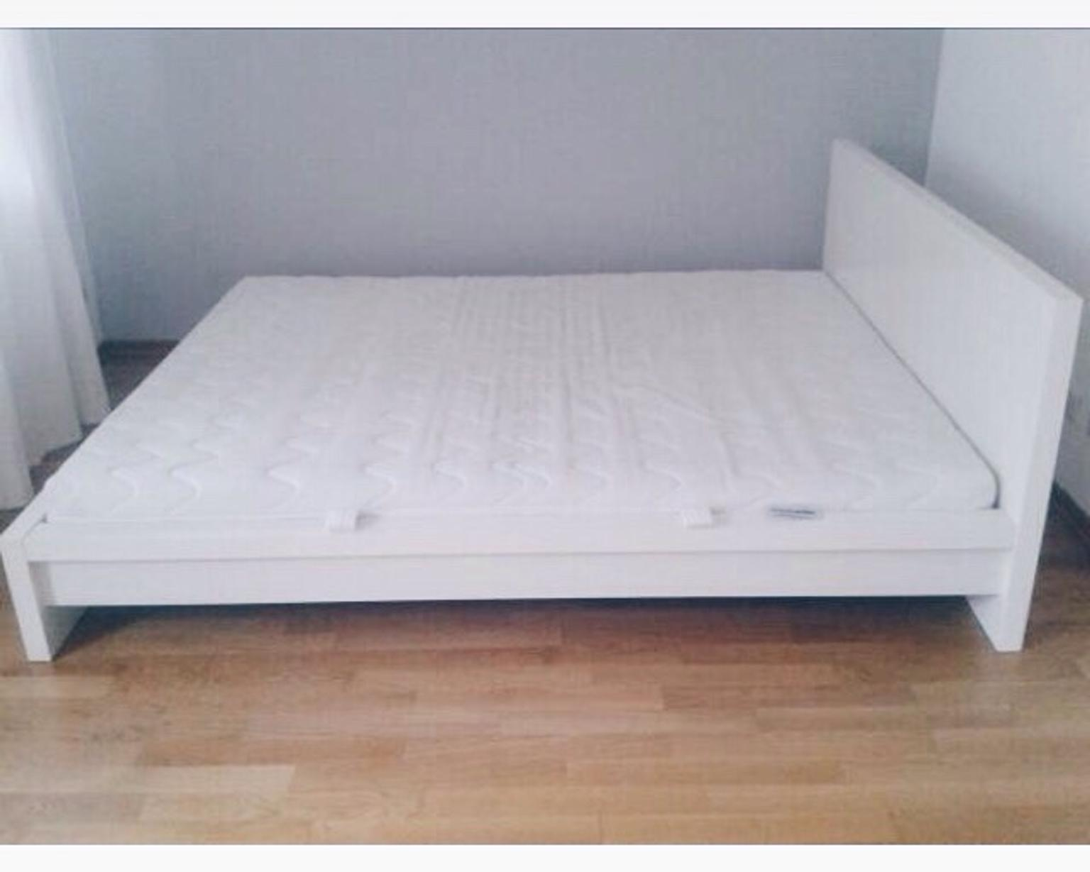Malm Ikea Bett 1 80 X 2 00 M Niedrig Weiss In 46119 Oberhausen For 100 00 For Sale Shpock