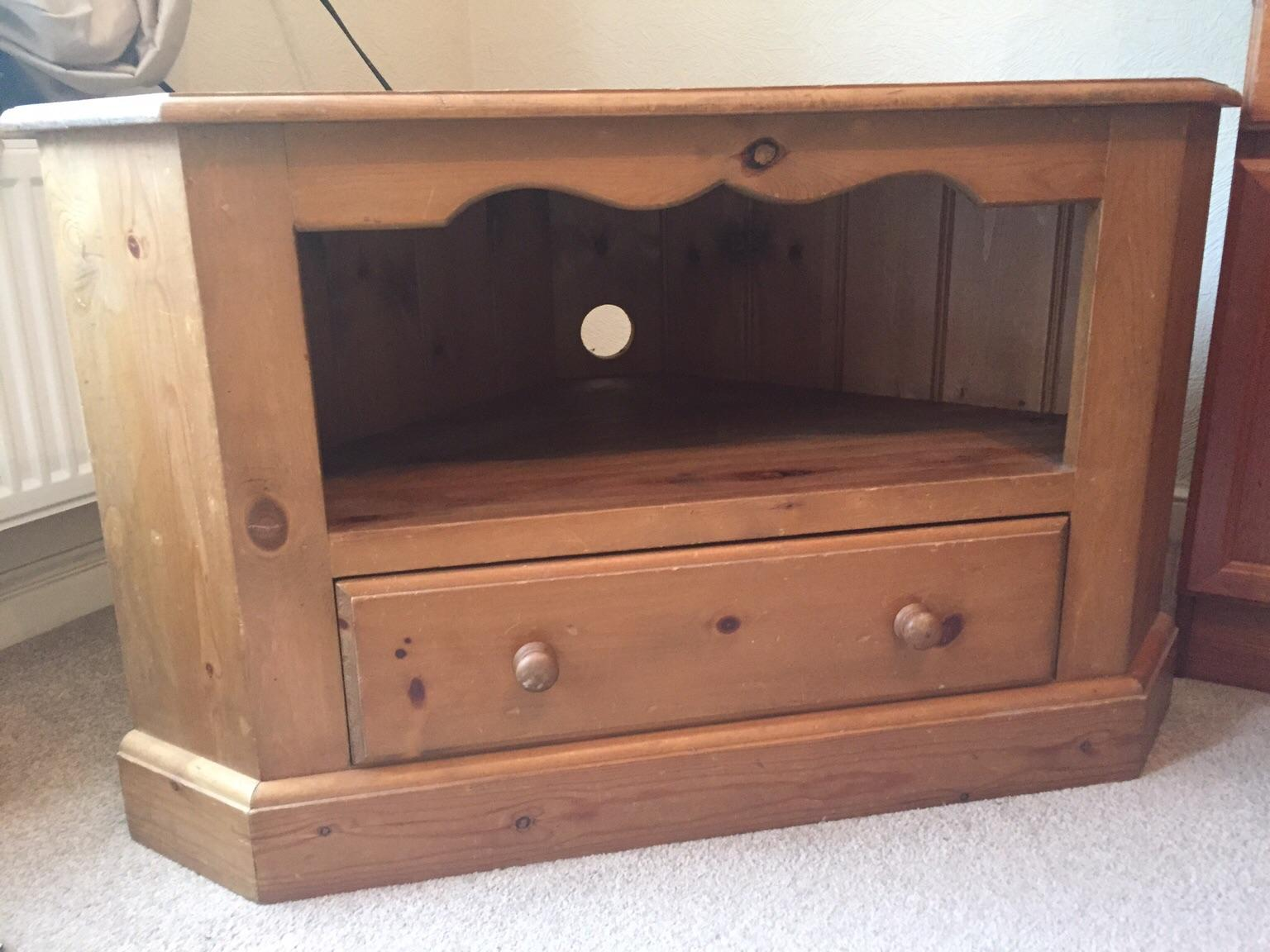 Solid pine corner TV unit with single draw