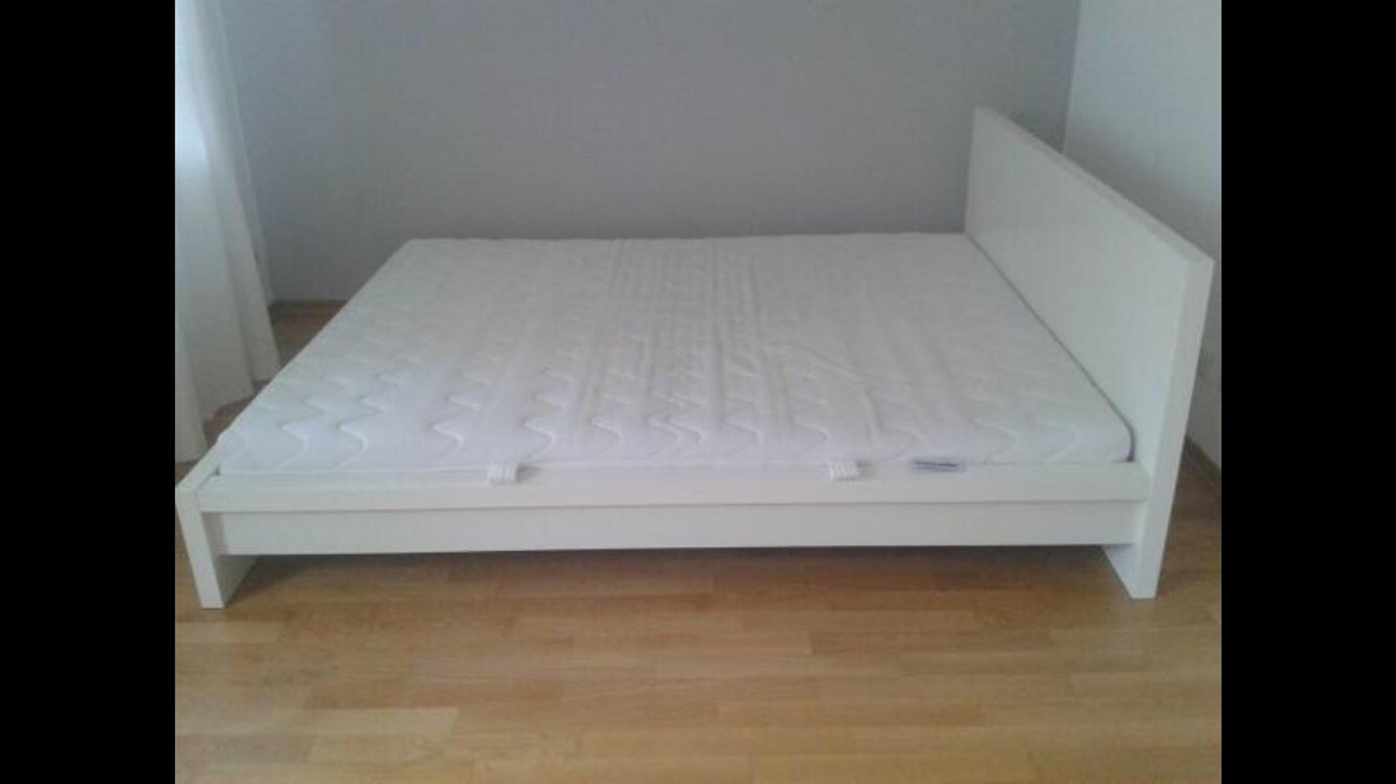 Ikea Malm Bett Weiss In 1100 Wien For 220 00 For Sale Shpock