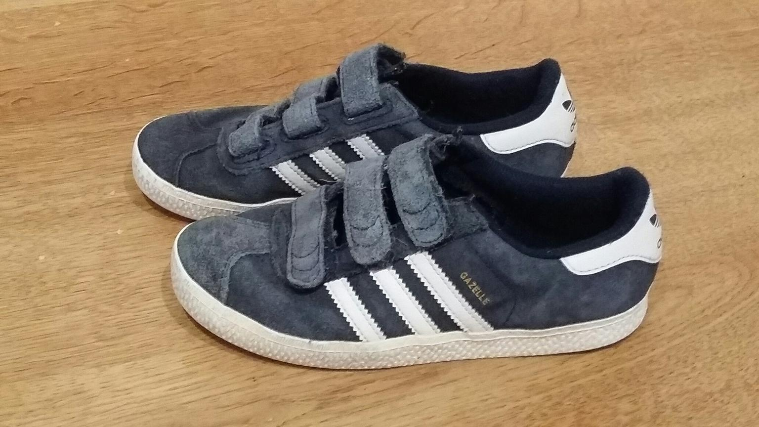 Boys adidas gazelle trainers size 1 in NG6 Nottingham for £3 for sale -  Shpock 70d2d47e7