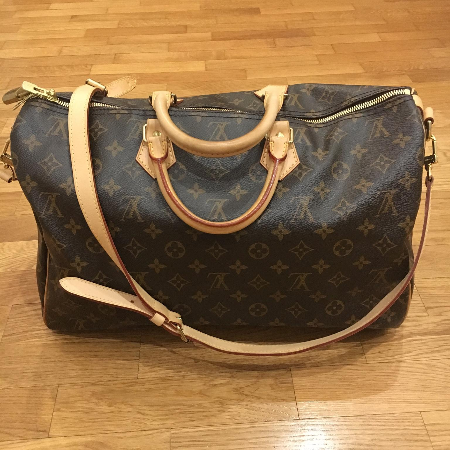 Bauletto Louis Vuitton Speedy Bandouliere 40 in 20149 Milano for €800 for  sale - Shpock e87b7eae68f7