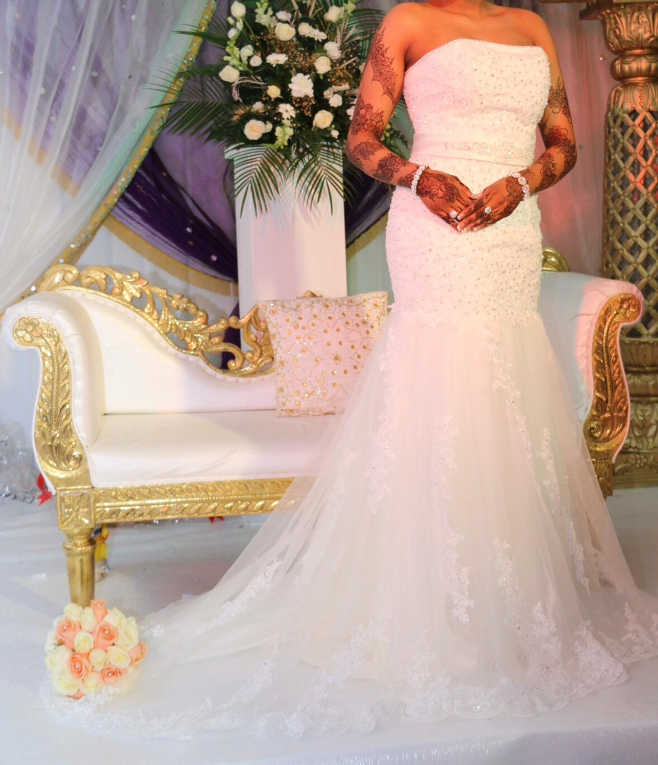 Beautiful Ivory Trumpet Style Wedding Dress In Nw7 Barnet For 400 00 For Sale Shpock