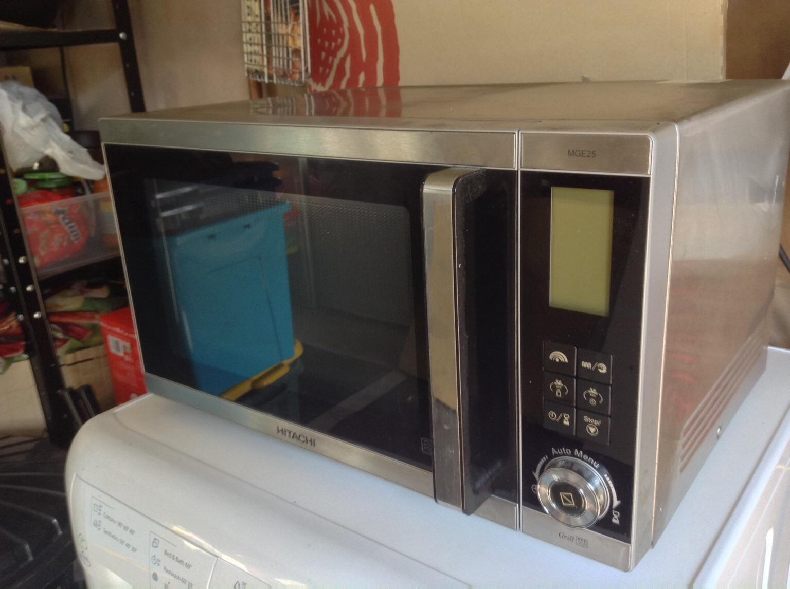 900W Hitachi MGE25 microwave grill in