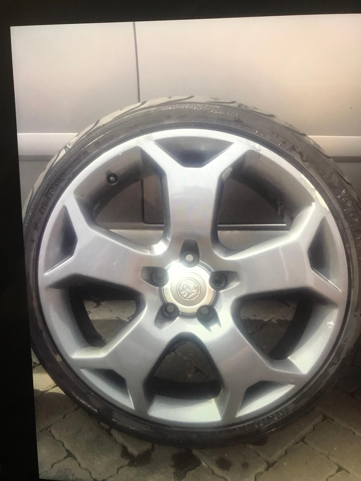 Vauxhall Astra snowflake alloy wheels 5 stud. in CO8 ...