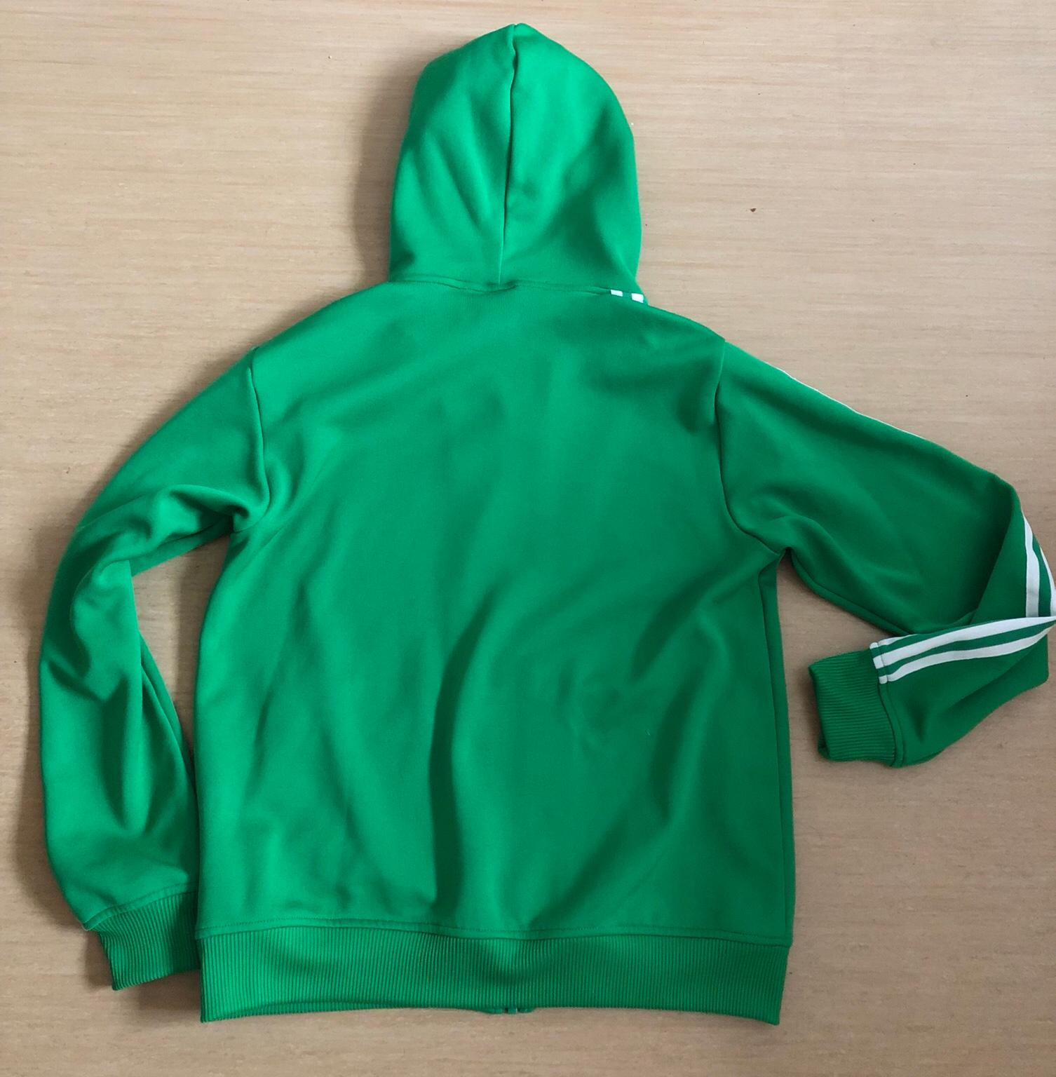 Adidas Jacke Damen Herren Gr. M in 23558 Lübeck for €18.00