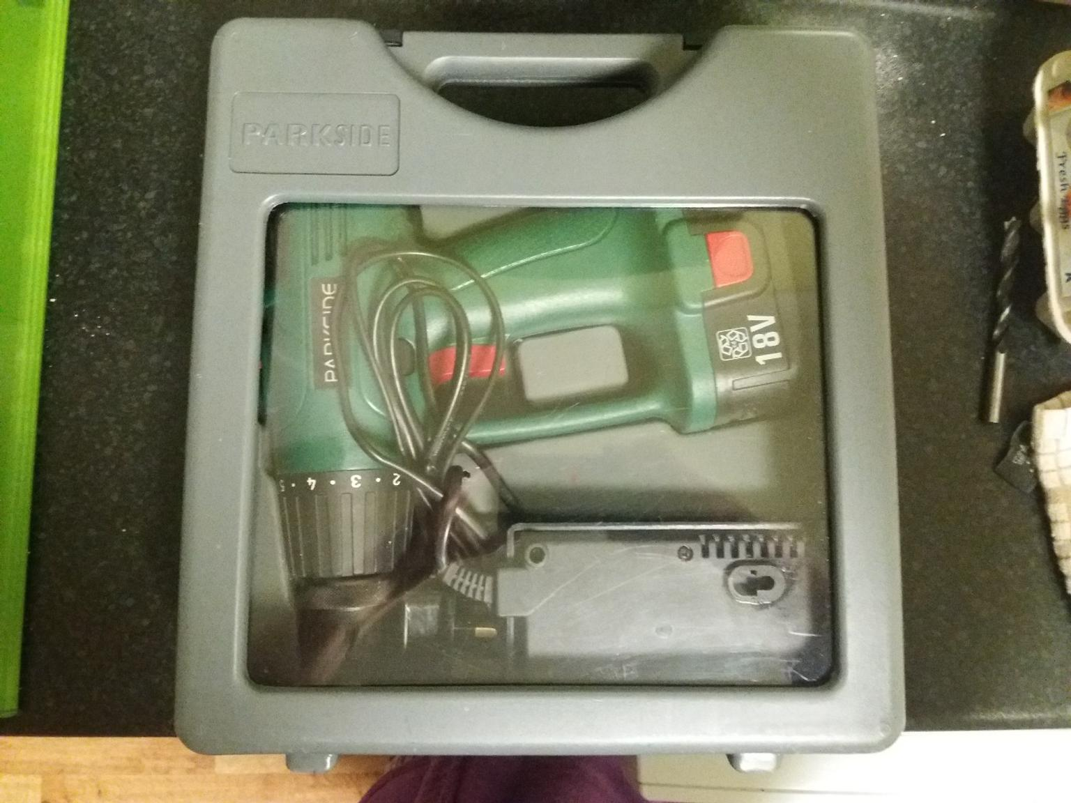 Power drill. 18V with charger & case.