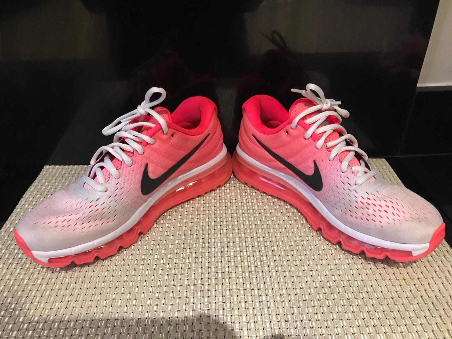 Women's Nike air max trainers shoes sneakers