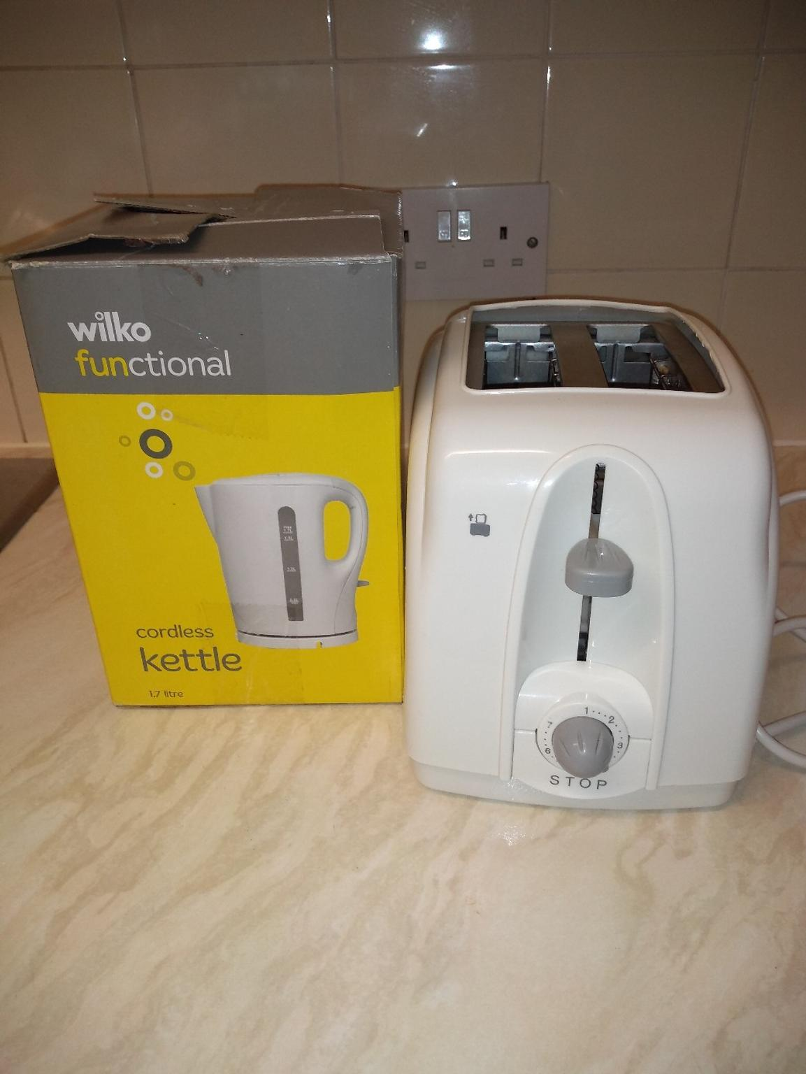 Wilko kettle + toaster in CW1 Crewe for