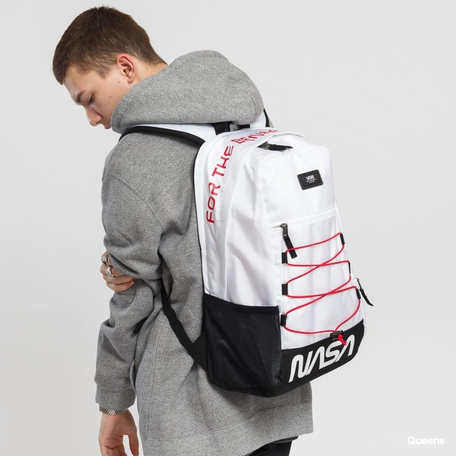 vans x nasa snag plus backpack