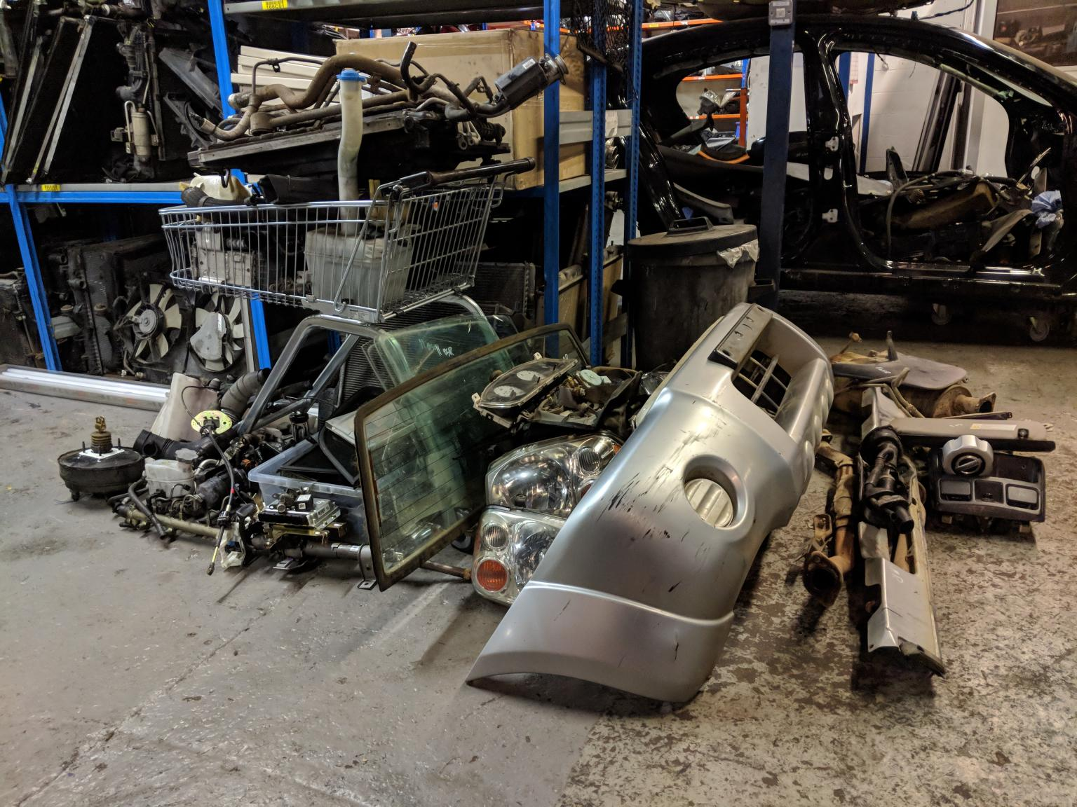 Nissan Navara Bumpers Parts Breaking In B4 Birmingham For 20 00 For Sale Shpock