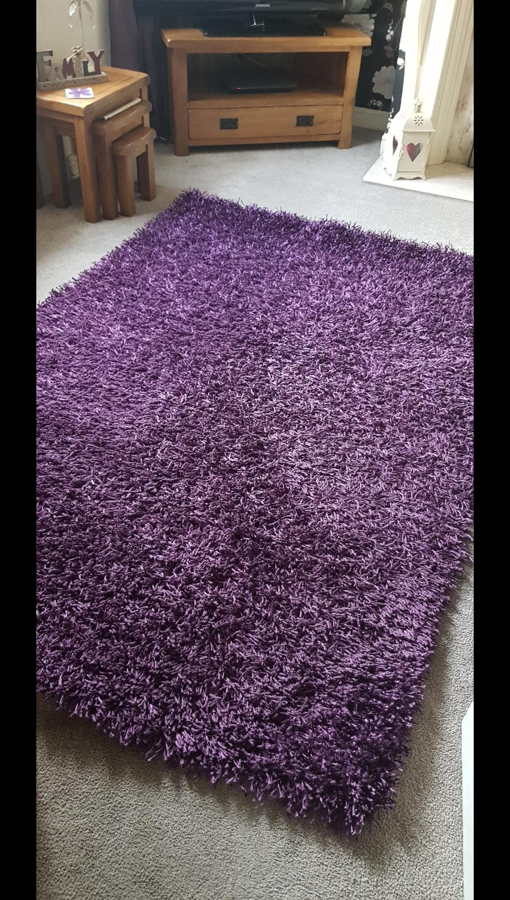 Dunelm Hetty Rug In Aubergine Wv14