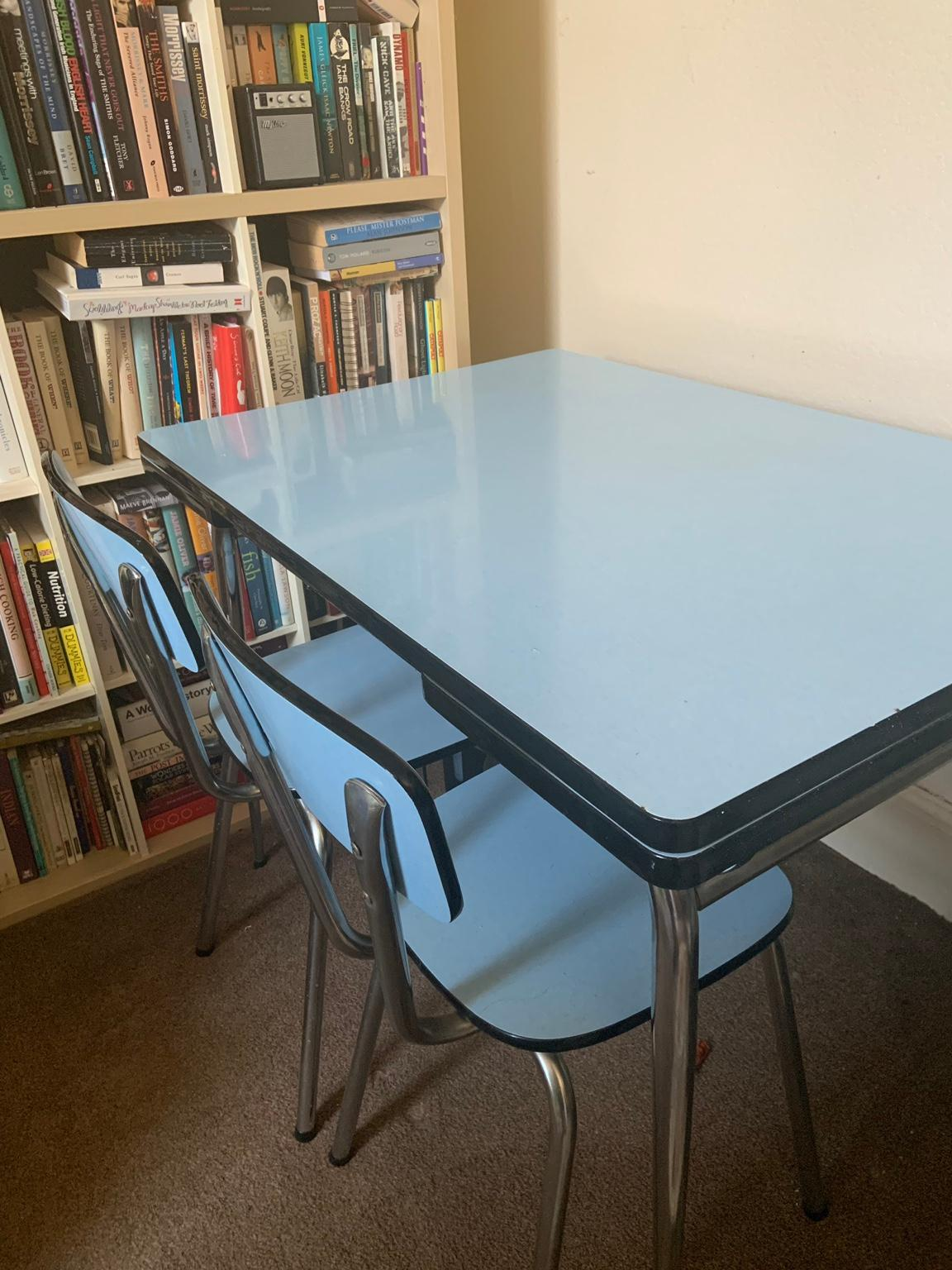 Table H Et H vintage mid century tavo table & 3 chairs