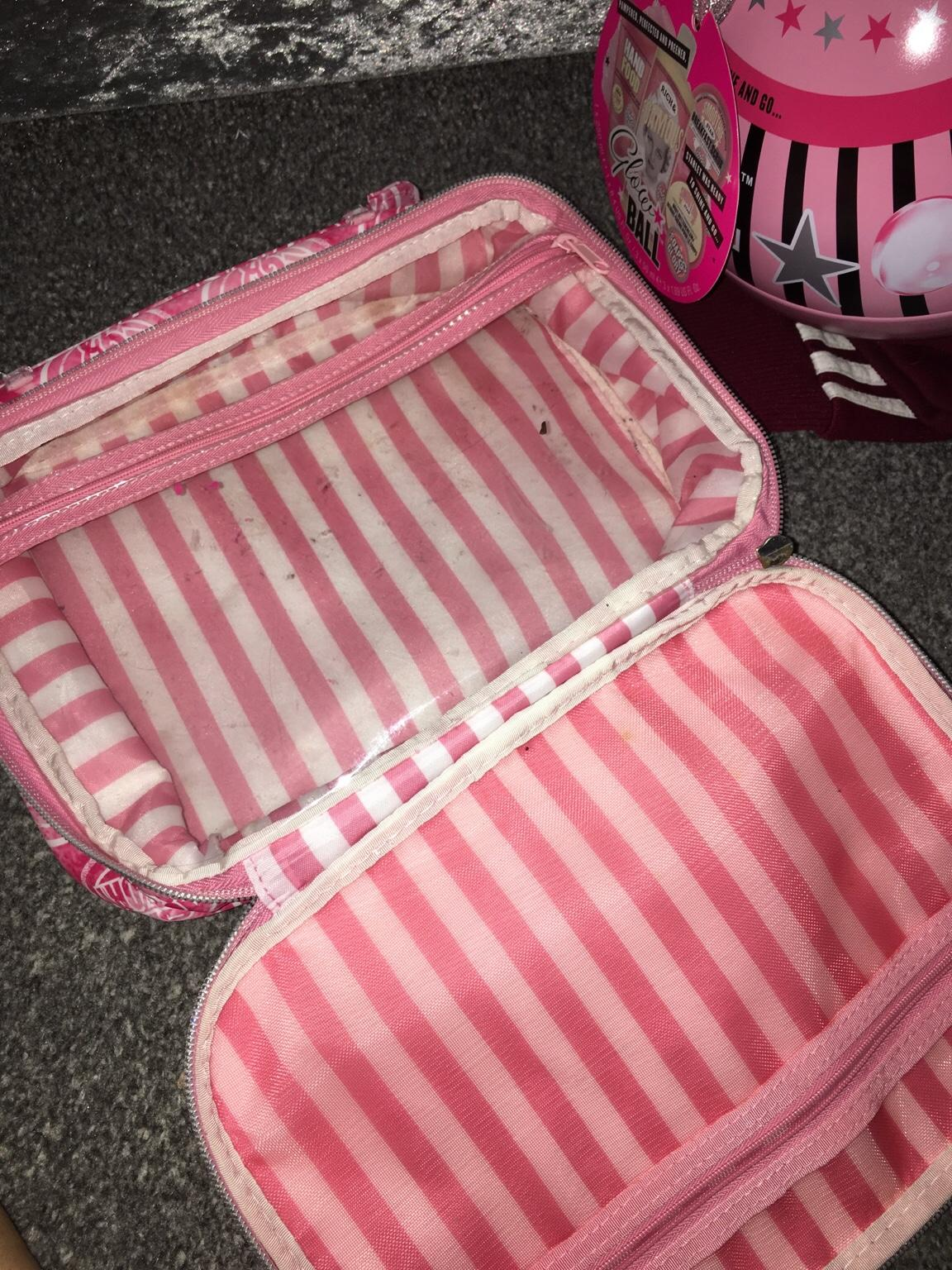 Soap And Glory Bag In Wv14 Dudley For