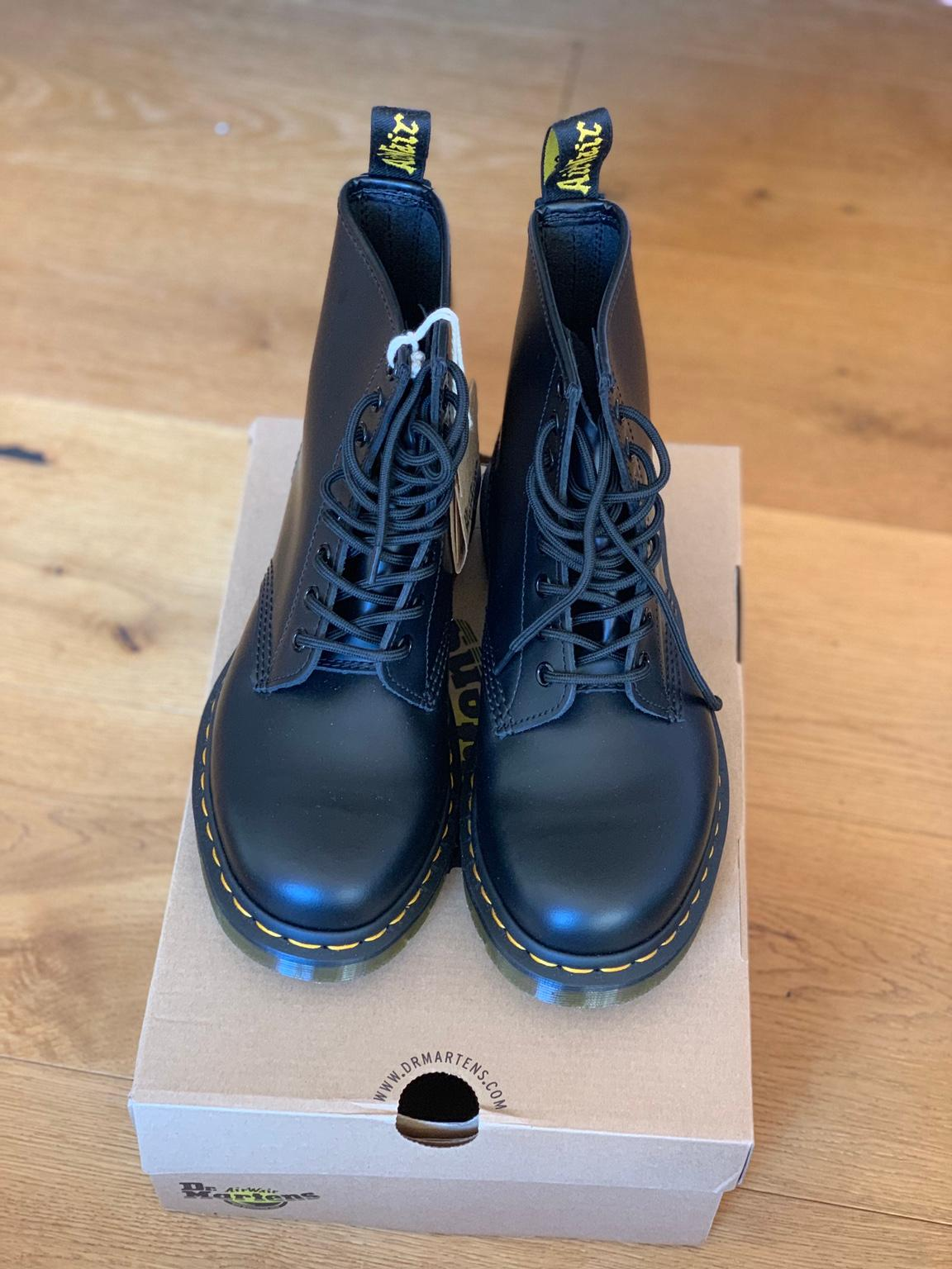 Dr.Martens 1460 Smooth in 9232 Rosegg for €145.00 for sale