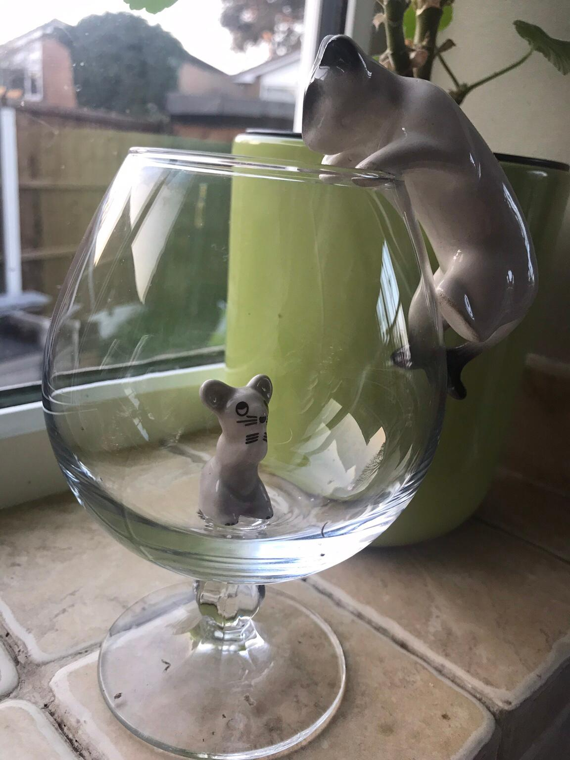 """SET COMES IN BOX /""""RETRO/"""" CAT /& MOUSE WITH BRANDY GLASS WITH **FREE P/&P**"""