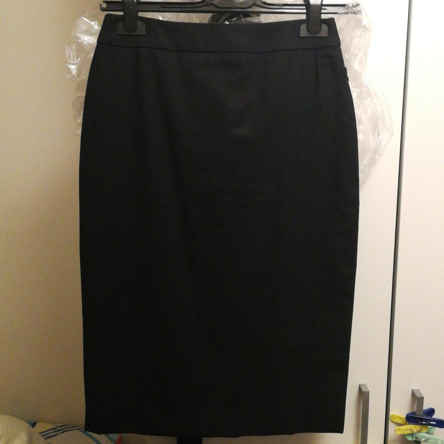 Austin Reed Skirt Size Uk6 In Nw2 Brent For 1 00 For Sale Shpock