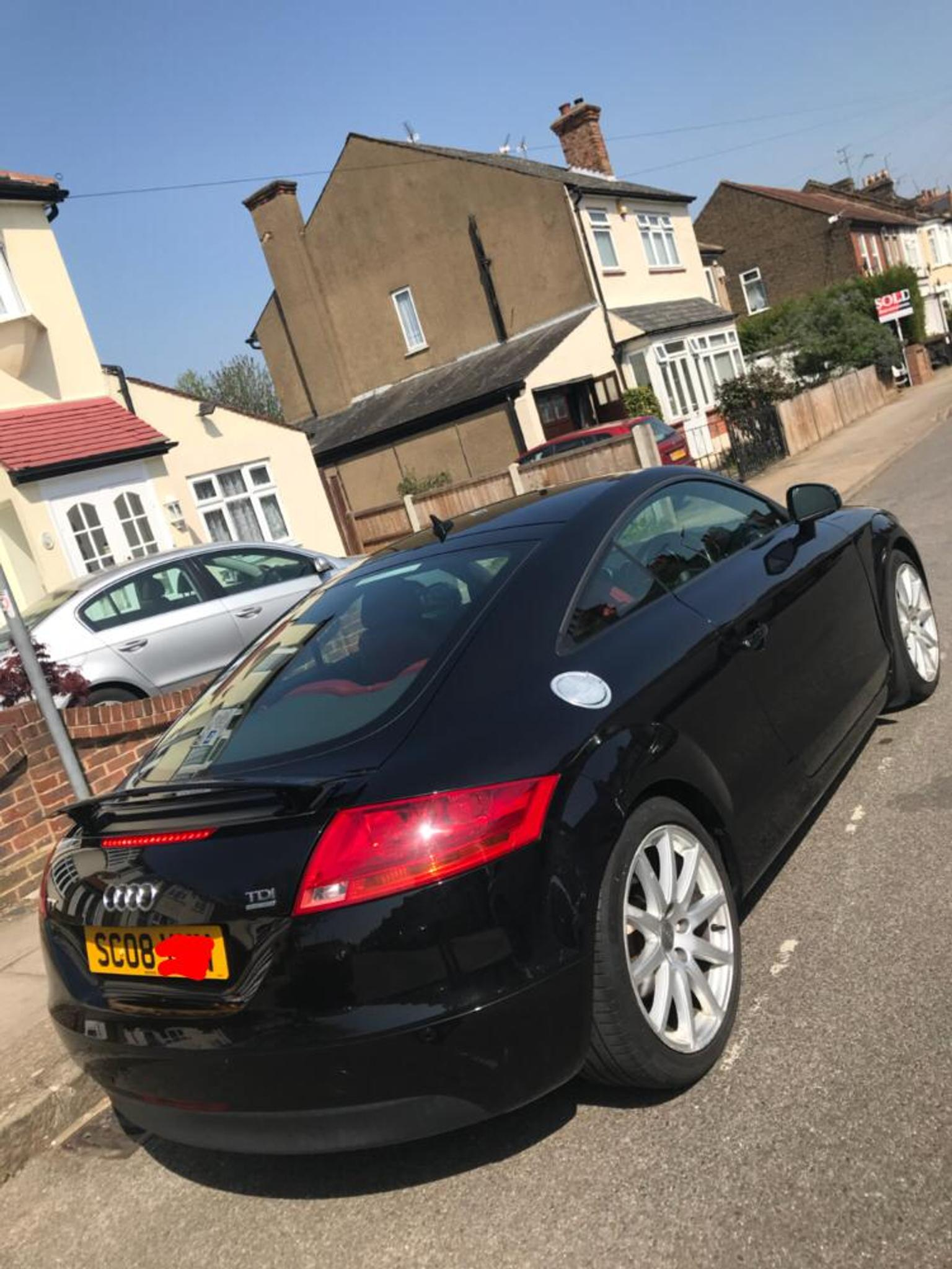 Picture of: 2008 Black Audi Tt With Red Leather Seats In London For 6 000 00 For Sale Shpock