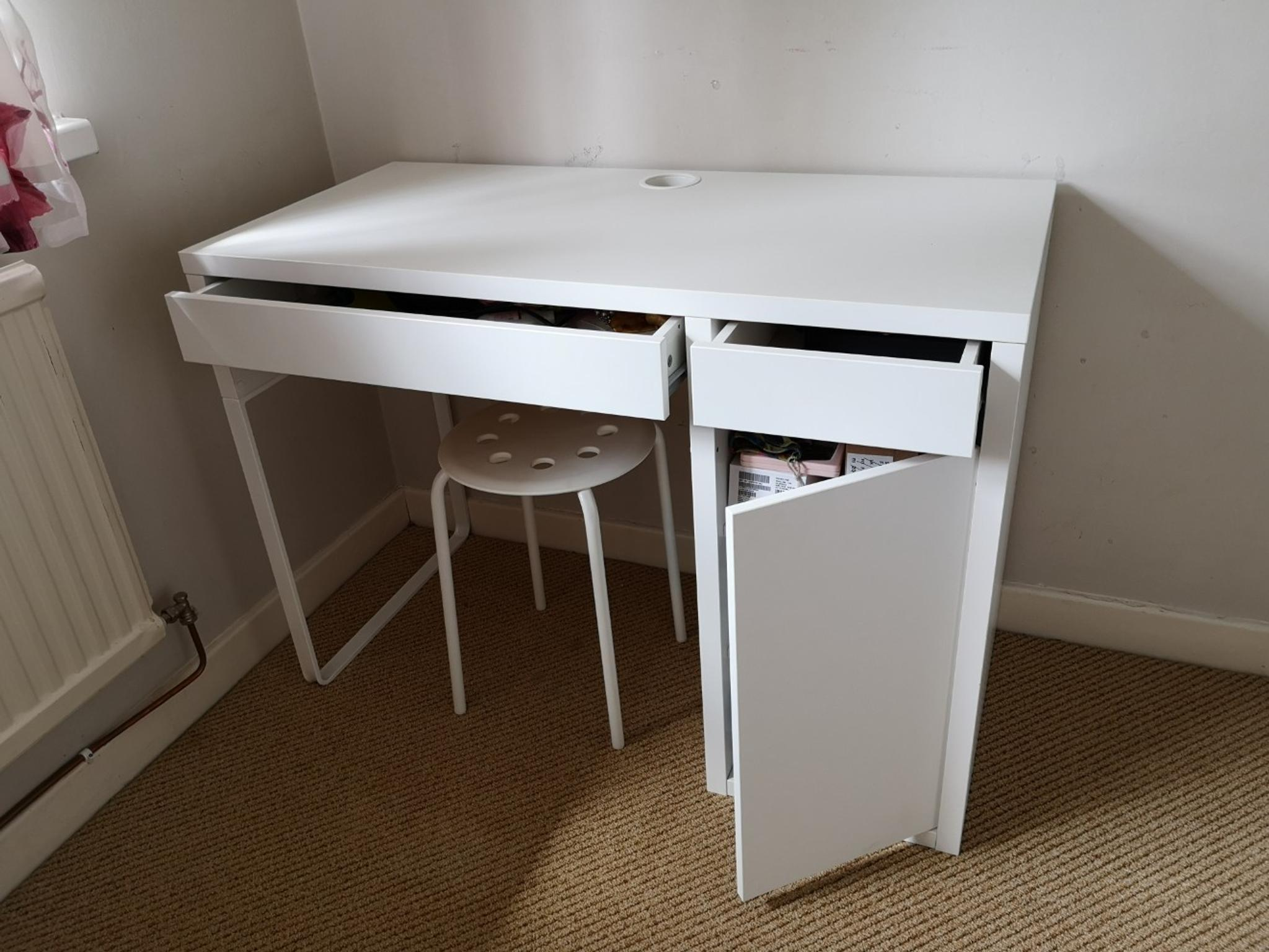 Ikea Micke Desk In Cf Cardiff For 163 25 00 For Sale Shpock