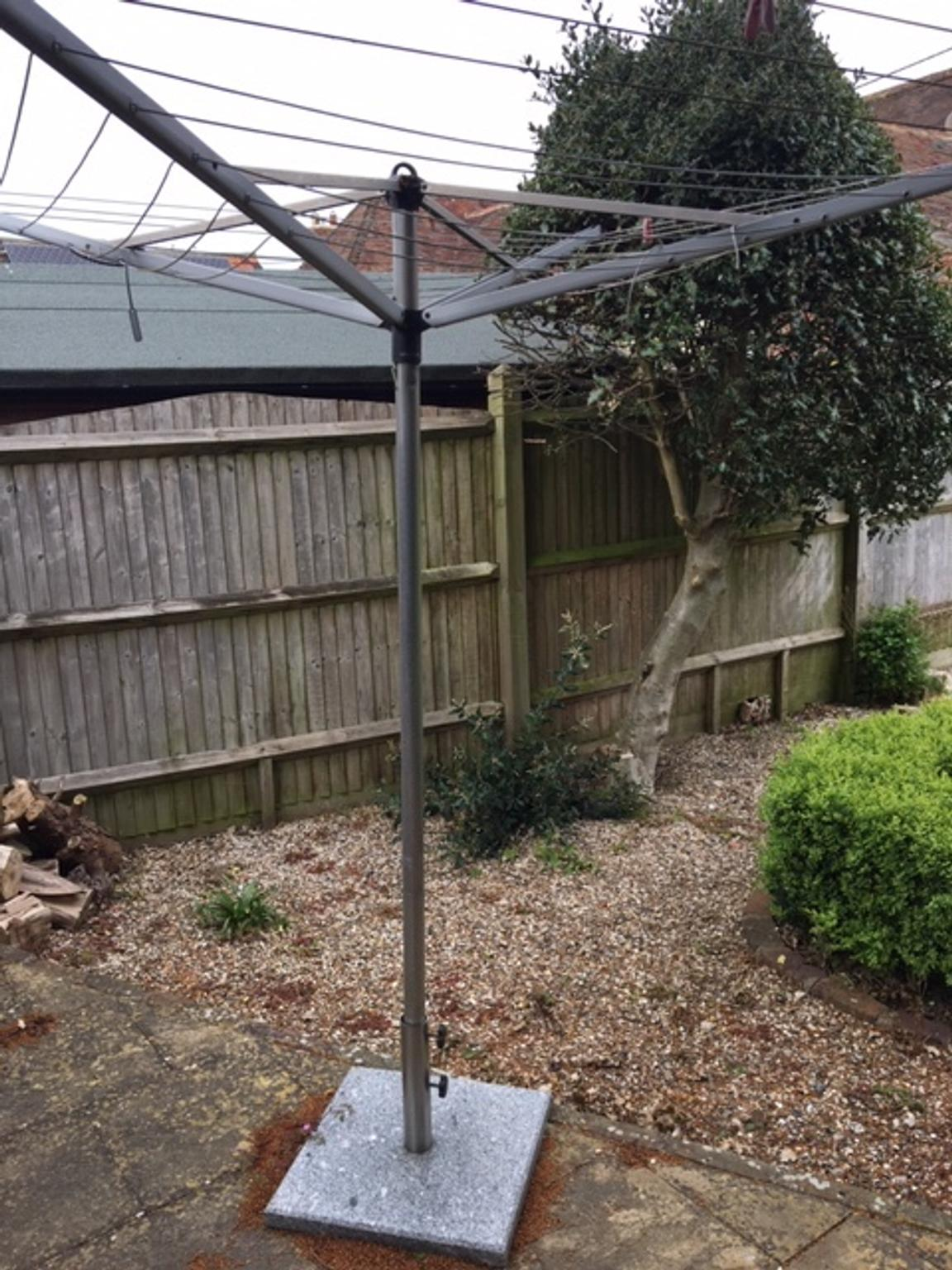 Rotary Washing Line With Marble Base In TN26 Ashford For £