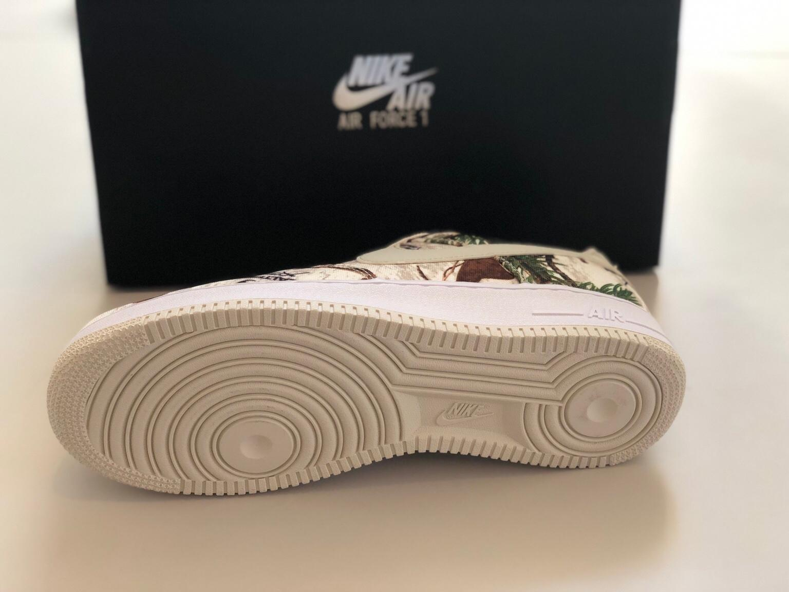 NIKE AIR FORCE 1 07 LV8 3, Größe 44 in 1230 KG Erlaa for
