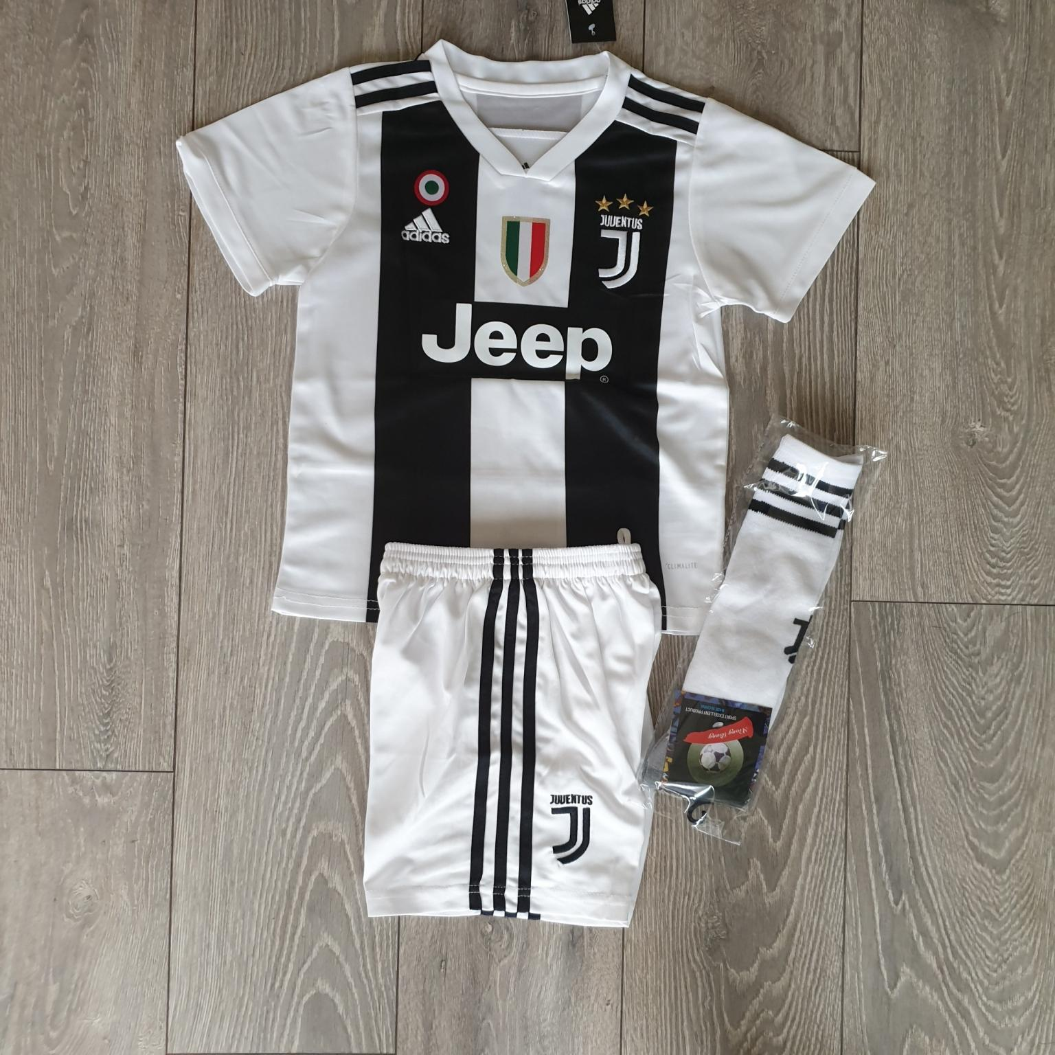 online retailer 1d35b c5755 2019 Juventus football kit