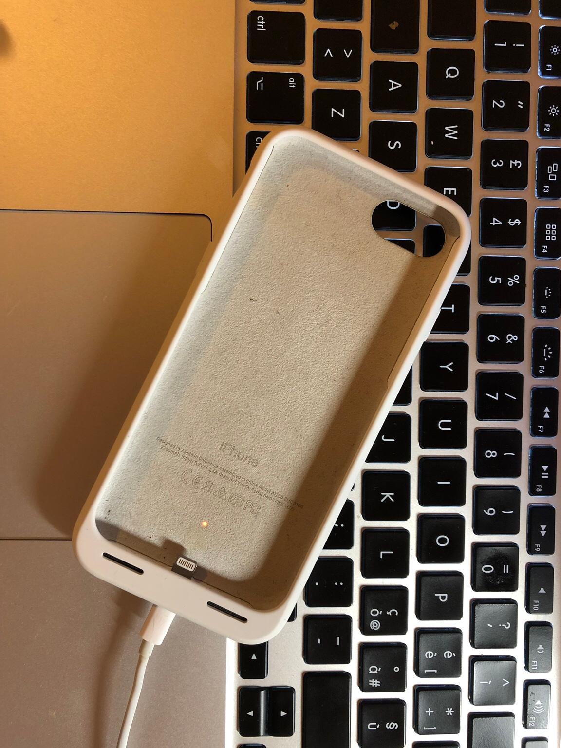 Cover iphone 7 originale in 20136 Milano for €12.00 for sale  Shpock