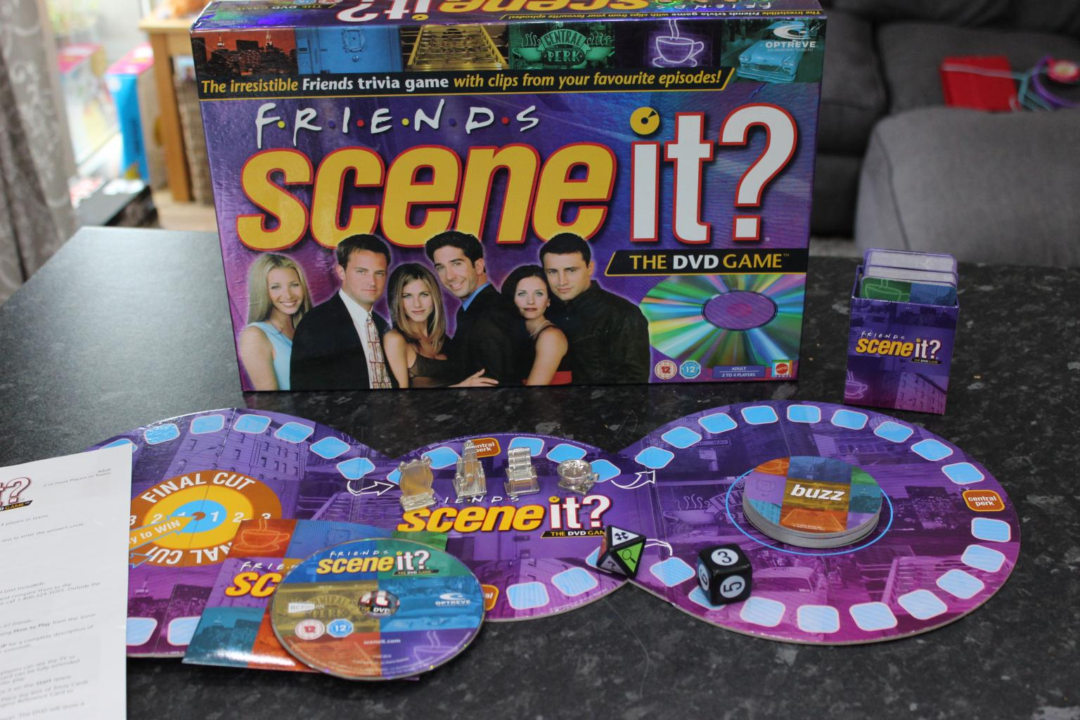 Scene it friends edition dvd board game complete with instructions.