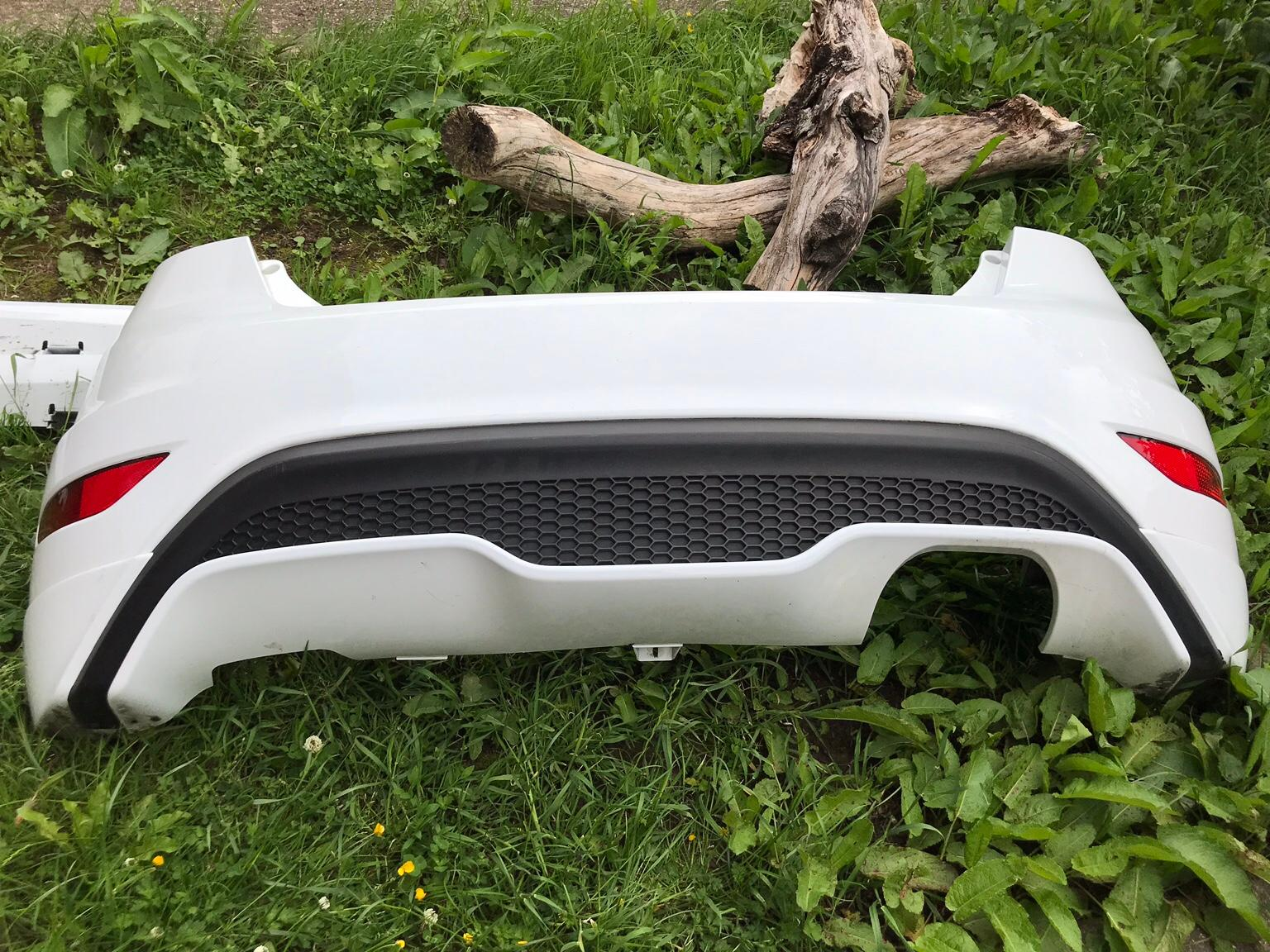 Ford Fiesta St Rear Bumper With Diffuser In N9 London For 180 00 For Sale Shpock