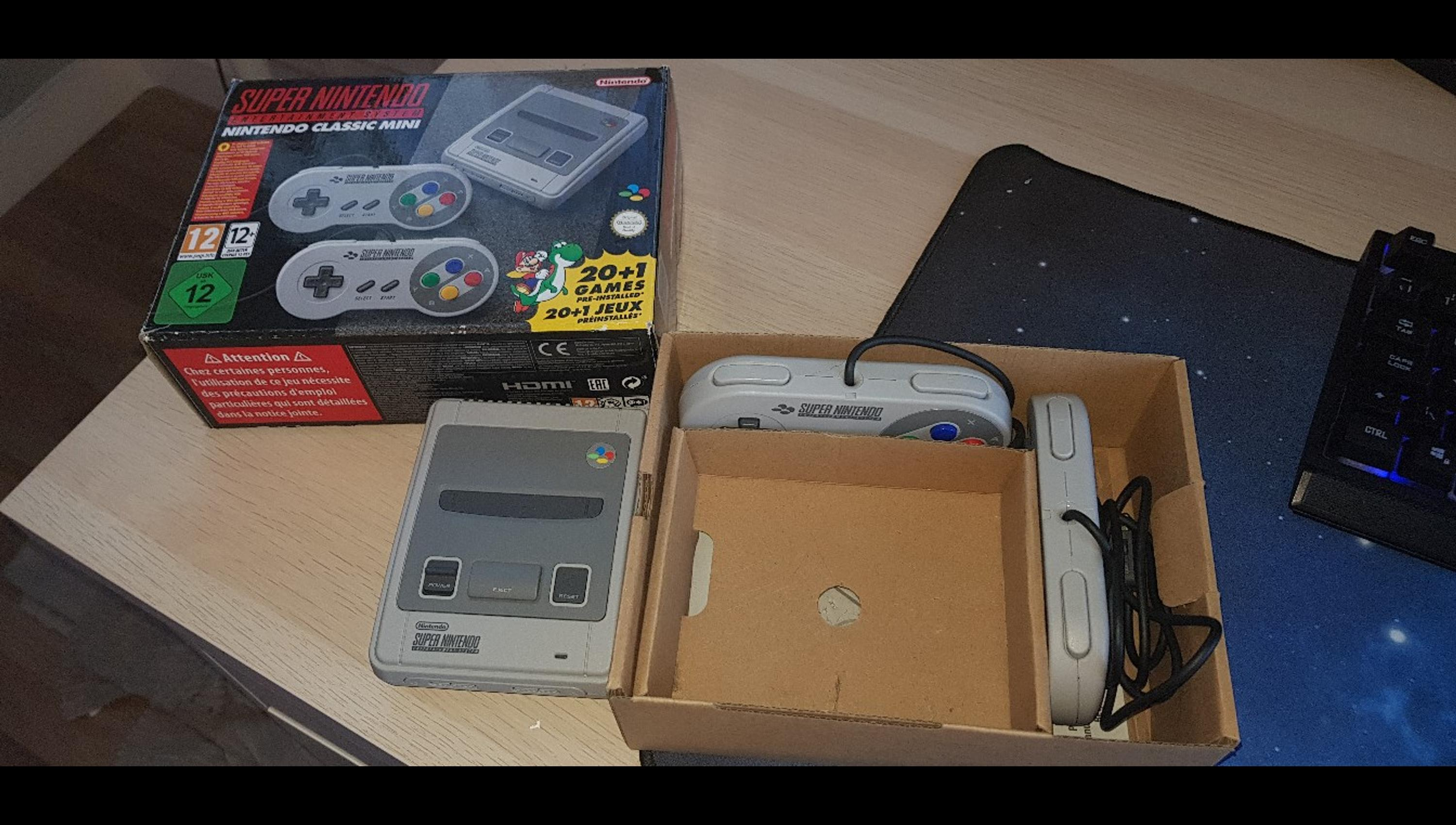 Offical Super Nintendo Mini with 250 games