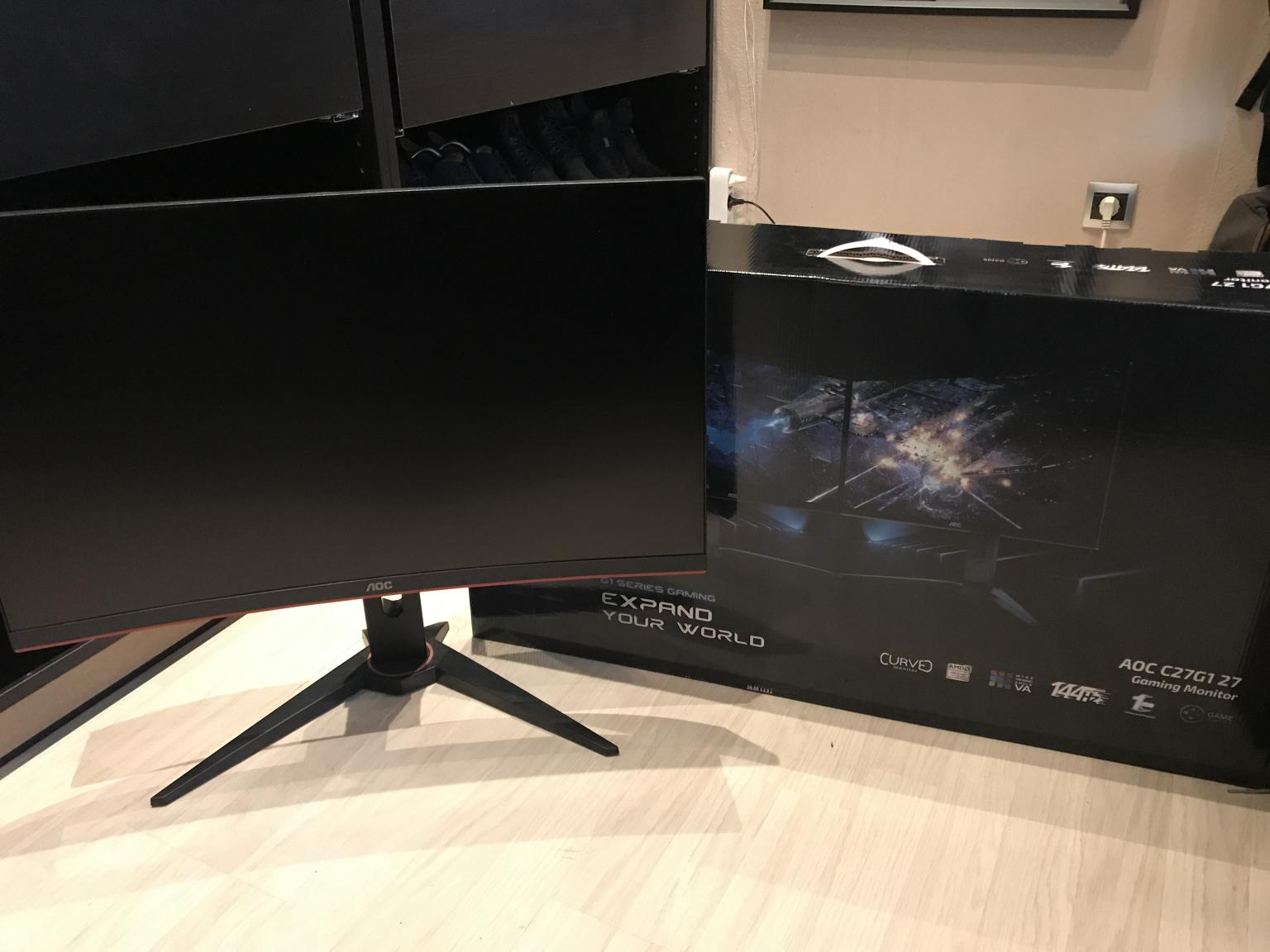 AOC Gaming C8G8 (8 Zoll) Curved Monitor