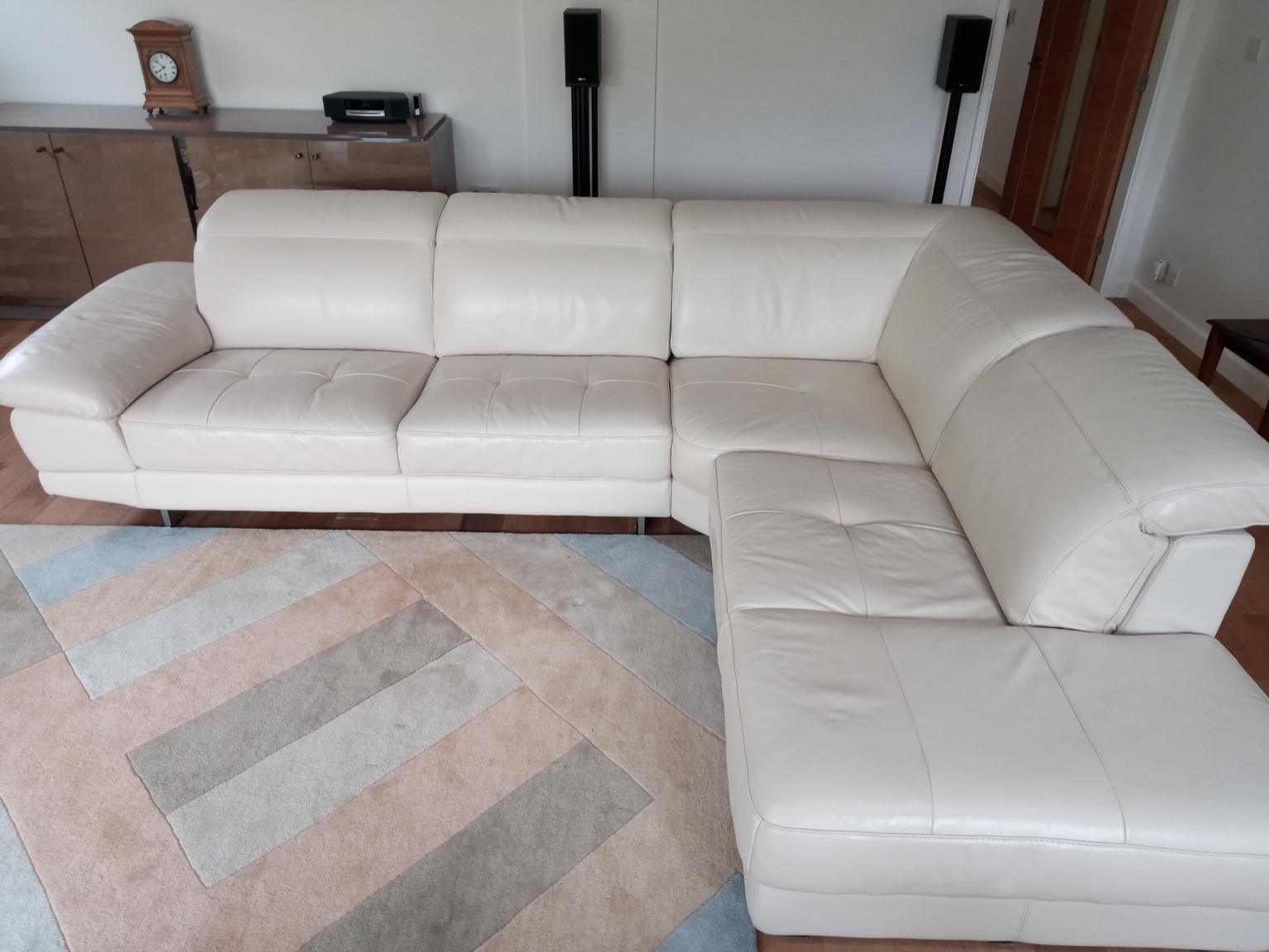 Corner Sofa Leather In Blaby For 500