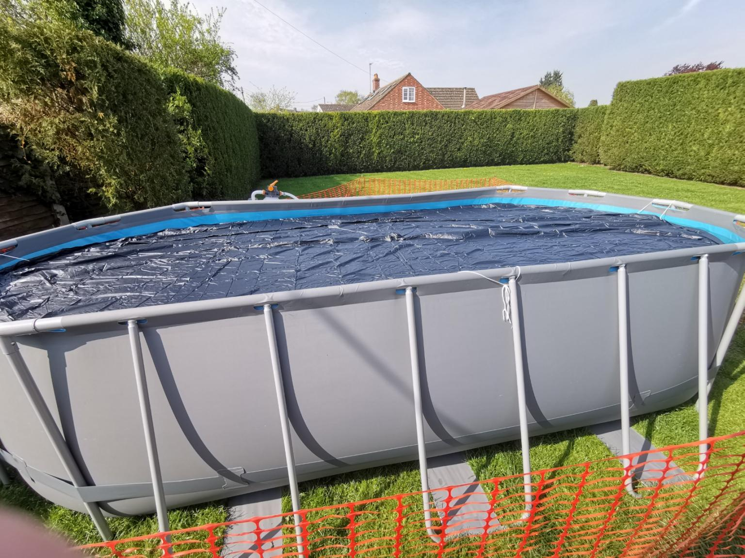 Bestway Solar Heat Swimming Pool 5 4m X 3 2m In Aylesbury Vale For 300 00 For Sale Shpock