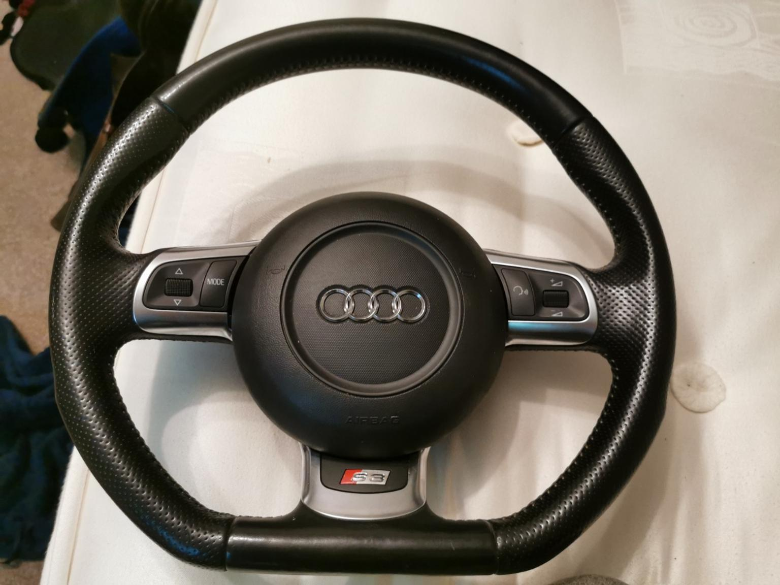 Audi S3 A3 8p Flat Bottom Steering Wheel In St Albans For 320 00 For Sale Shpock