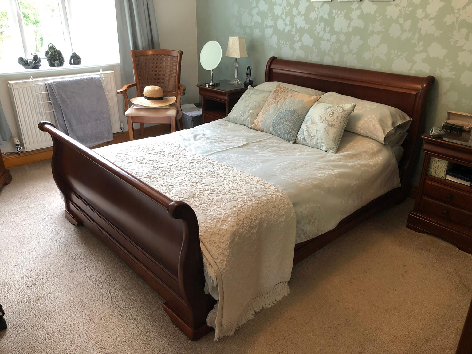 Mahogany Sleigh Bed 4ft6 In Ng5 Gedling For 225 00 For Sale Shpock
