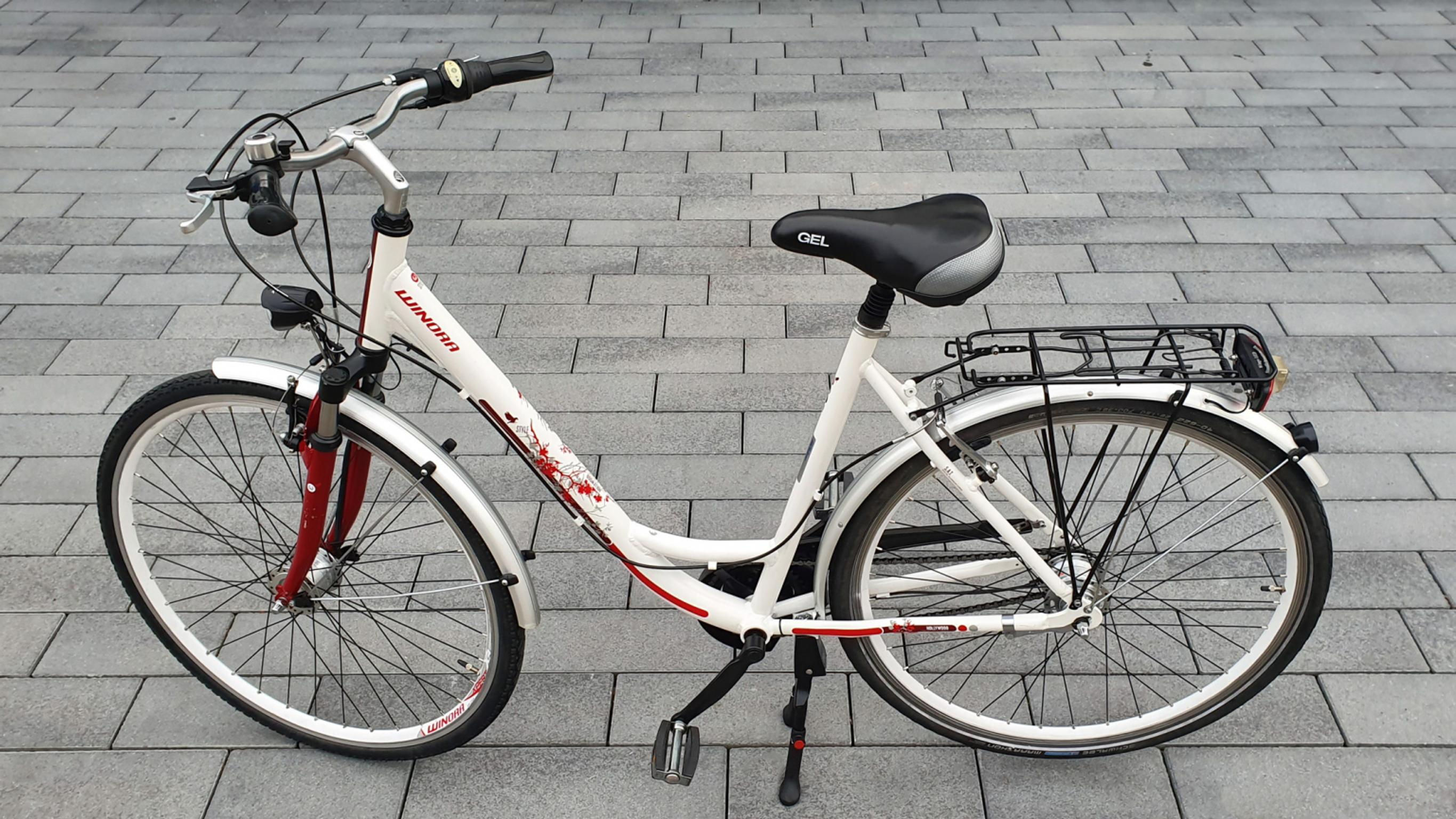 Damenfahrrad 28 Zoll City Winora Hollywood in 70839