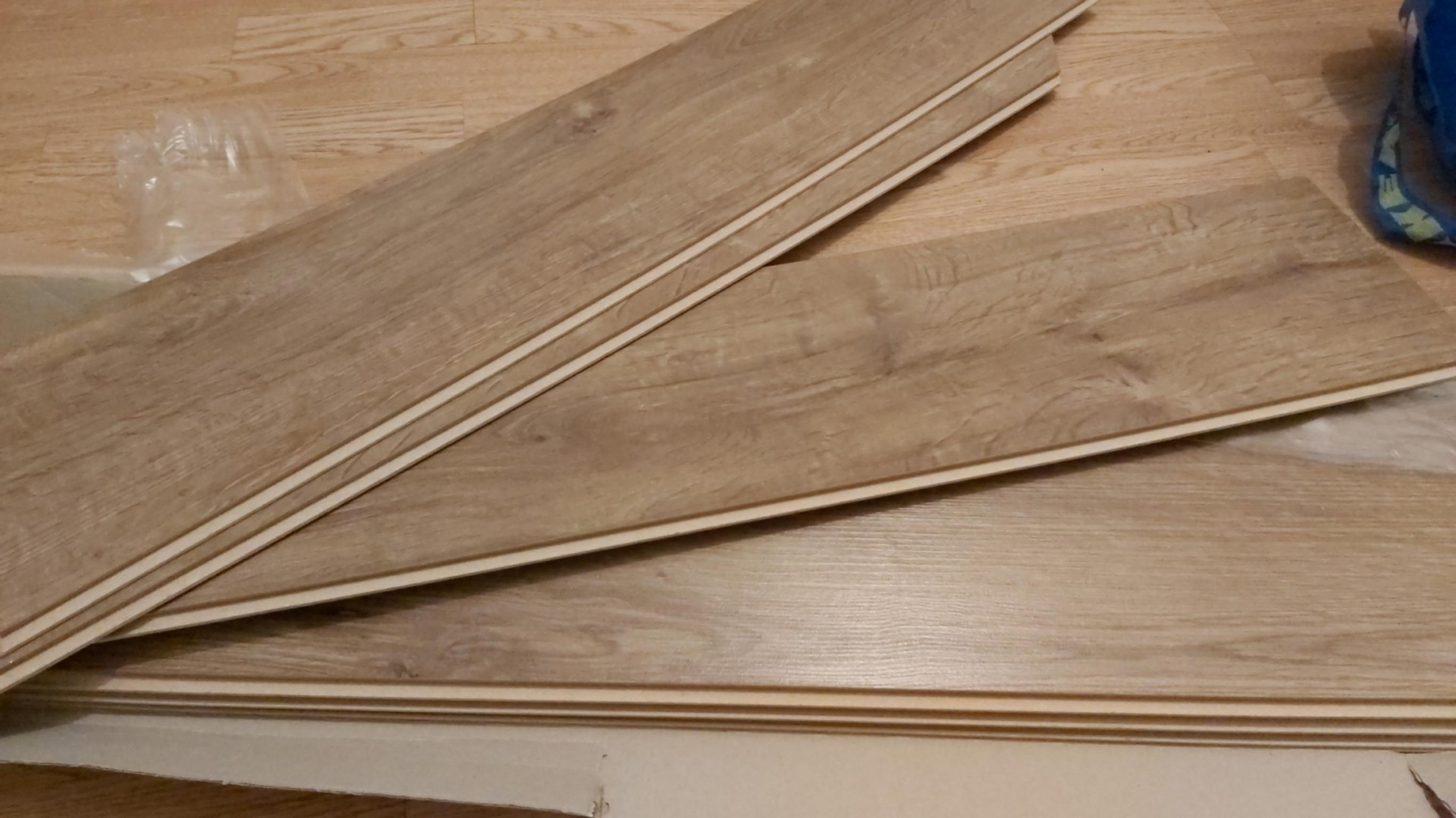 Picture of: Darwin Oak Quick Click Laminate Floor B M In Np23 Ebbw Vale For Free For Sale Shpock