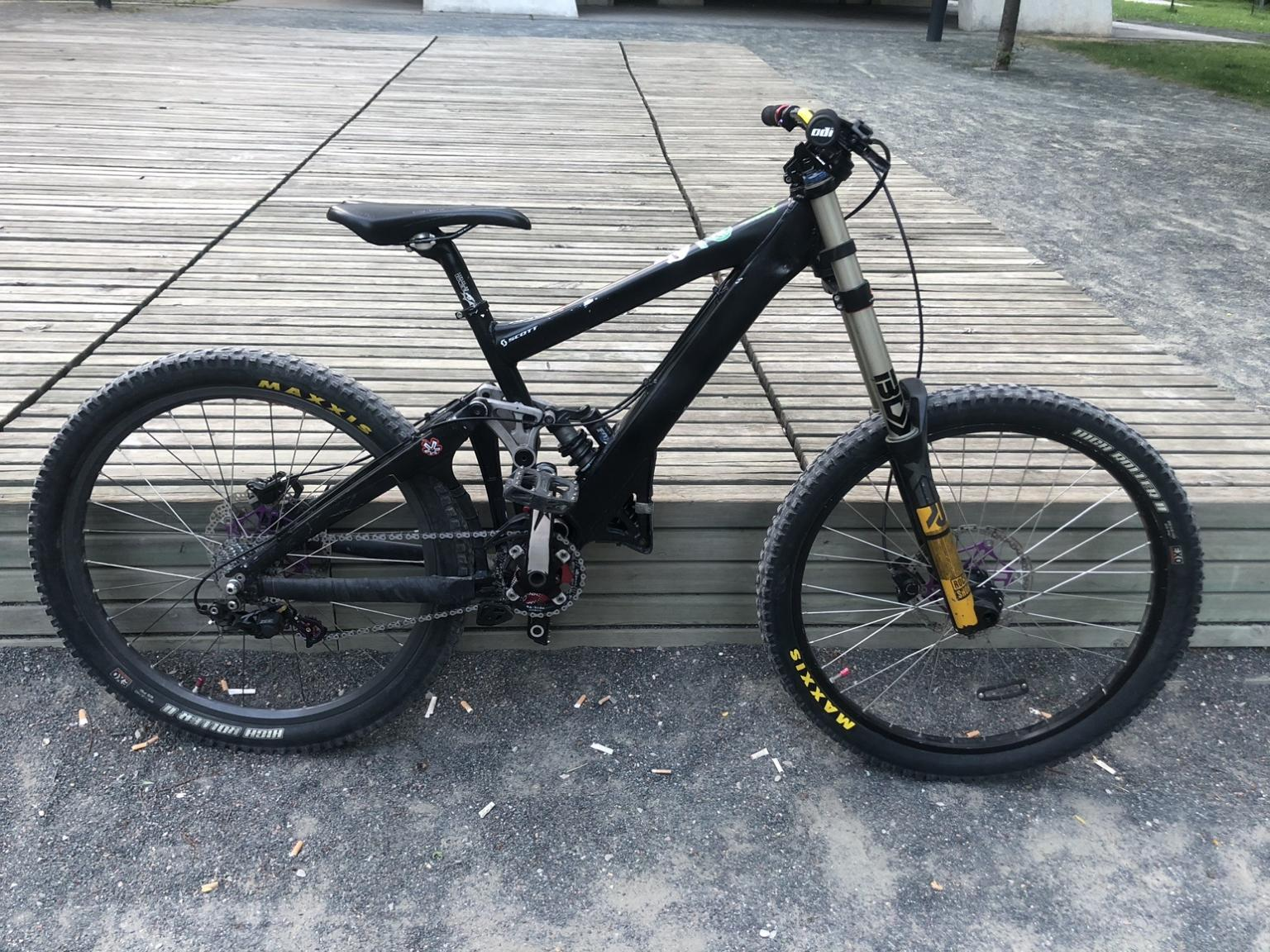 MTB Giant for sale.