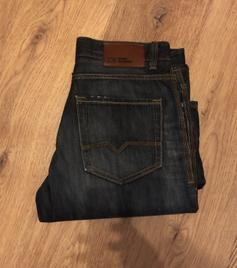 da5e6ff0 Hugo boss men's jeans. 34/32 size in SY1 Shrewsbury for £20.00 for ...