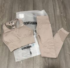a877ad90f74ae Gymshark dreamy leggings peach size small in LS26 Leeds for £25.00 ...