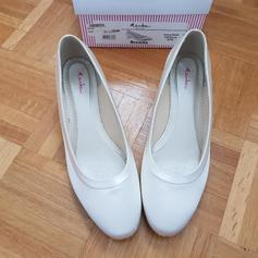 new style 96fa3 b357f Brautschuhe ivory flach in 8712 Frozbacher for €15.00 for ...