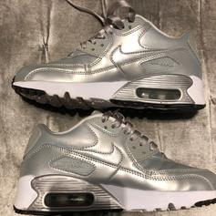 Nike Air Max 90 Hyperfuse USA Flag Size 4.5 in LE15 Oakham