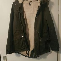 HOLLISTER WINTERPARKA in 63067 Offenbach am Main for €20.00