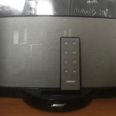 Bose SoundDock Series ii in IG9 Forest for £60 00 for sale