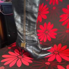 Converse all star Knee high boots size 4 in SE6 London für