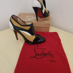 fc8b6360b2f Christian LouBoutin shoes in B91 Solihull for £600.00 for sale - Shpock