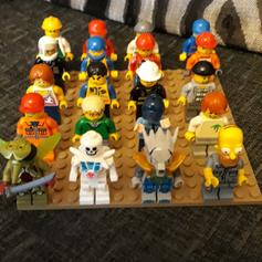 LEGO THE SIMPSONS MINIFIGURES SERIES 2 in OL5 Tameside for £20 00