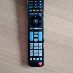 LG smart tv 42LF58 with remote, leads + box in B63 Dudley