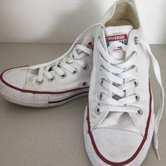 WEIßE CHUCKS CONVERSE in 1030 Wien for €50.00 for sale | Shpock