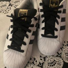 ADIDAS Superstars Gr.42 *Fake*